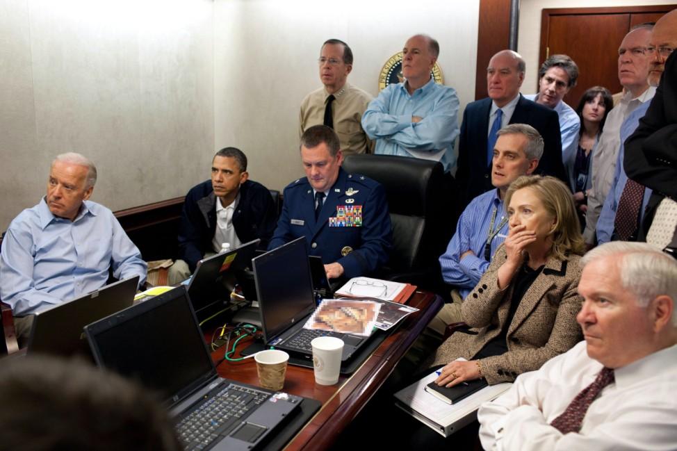 Barack Obama, Joe Biden, Hilary Clinton im Situation Room im Weißen Haus