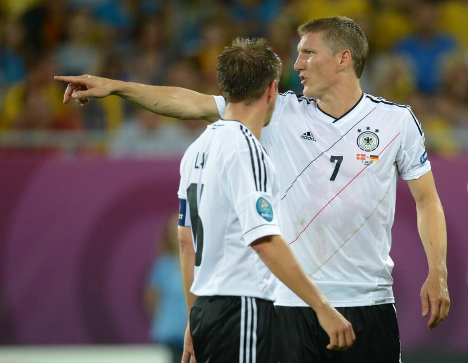 EURO 2012 EM Europameisterschaft Dänemark - Deutschland Schweinsteiger