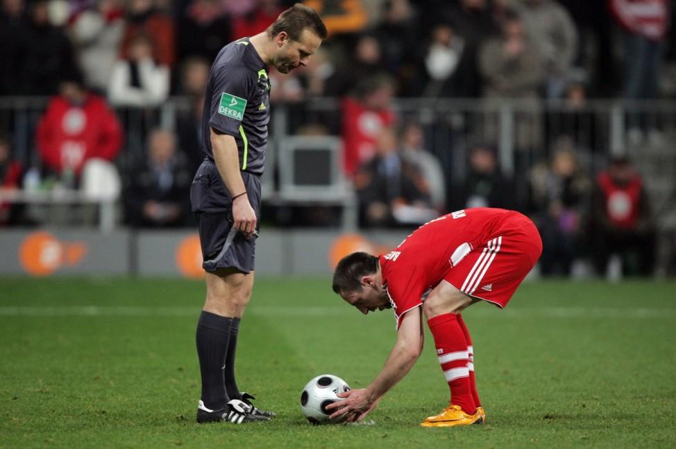 Bayern Munich v 1860 Munich - DFB Cup