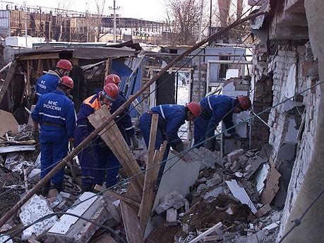 Bombenanschlag Grosny Regierungsgebaeude, dpa