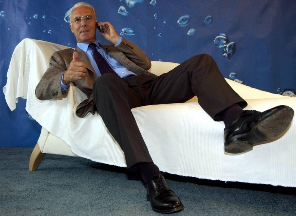 Beckenbauer denkt ueber Karriereende als Werbetraeger nach