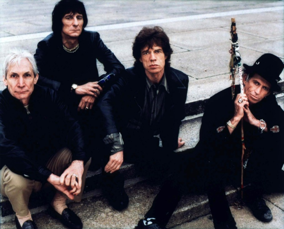 ROLLING STONES IN PUBLICITY PHOTOGRAPH
