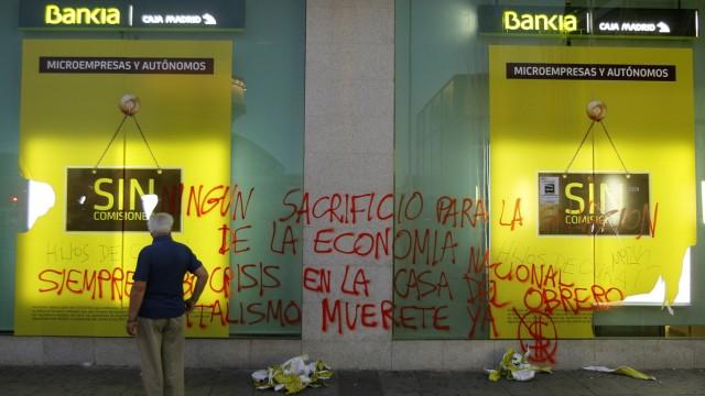 Euro-Finanzminister stellen Zeitplan auf: Eine Filiale des Geldhauses Bankia in Madrid: Bis September sollen die spanischen Banken einem Stress-Test unterzogen werden.