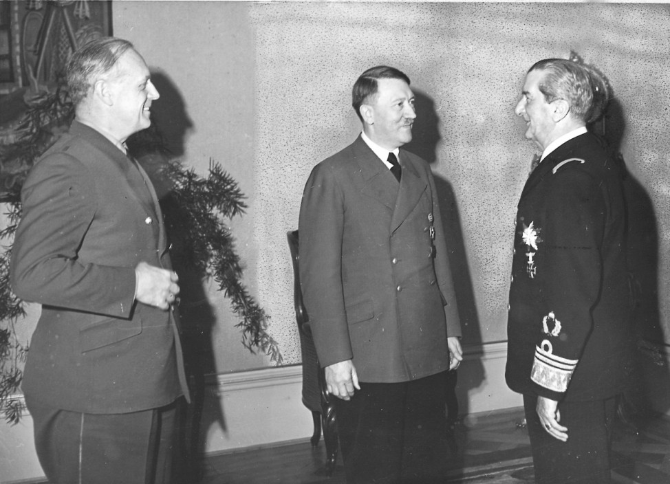 Ribbentrop, Hitler, Horthy, 1942 Scherl / SZ Photo