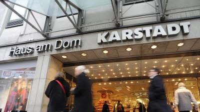 Karstadt am Dom schließt: Die Karstadt-Filiale am Dom schließt nun schon ein Dreivierteljahr früher als geplant im März 2010.