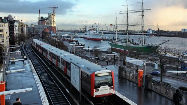 Bahn Hafen Hamburg Hamburger Landungsbrücken
