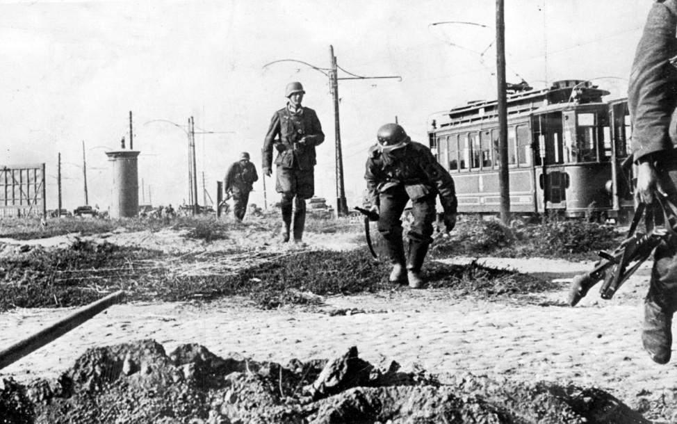 Deutsche Infanterie bei Kämpfen um Warschau, 1939