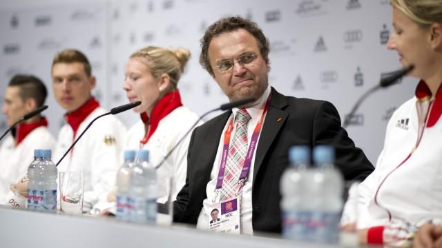 Innenminsiter Friedrich mit deutschen Spitzensportlern