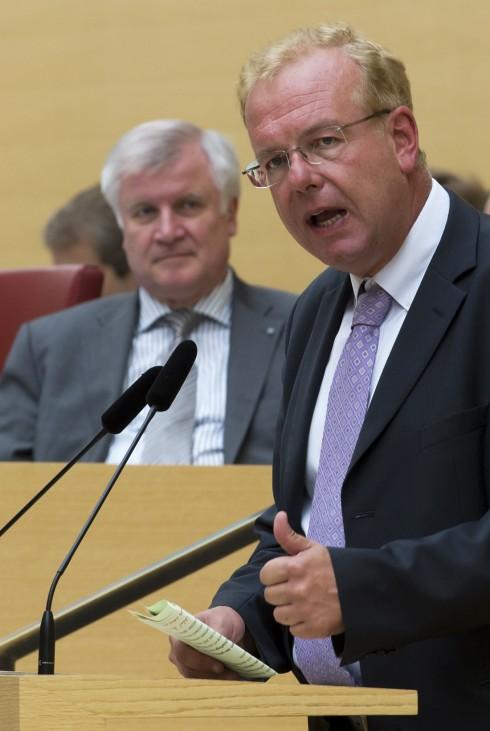 Landtag beraet ueber Klage des Freistaats gegen den Laenderfinanzausgleich