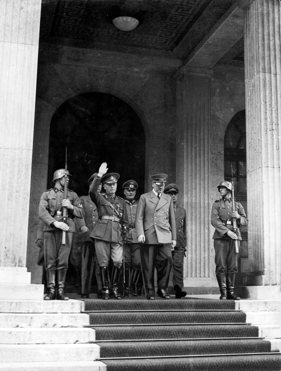 Hitler mit Antonescu