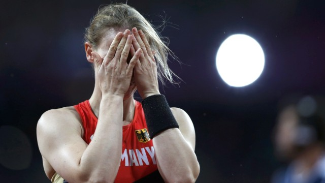 Germany's Silke Spiegelburg reacts during the women's pole vault final at London 2012 Olympic Games