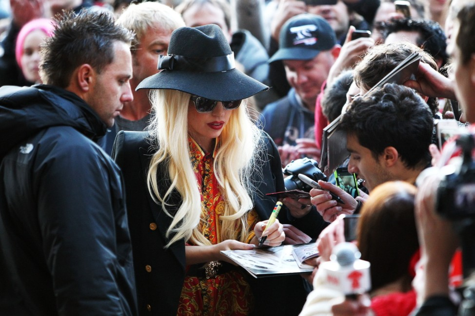 Lady Gaga Arrives To Screaming Fans In Melbourne