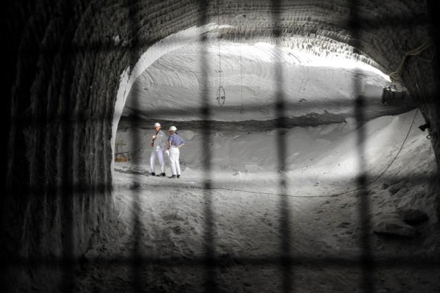 Asse-Ausschuss besichtigt Atomlager