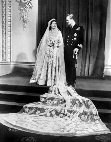 ELIZABETH II-WEDDING