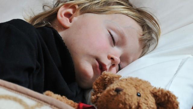 Expertentipps Zur Erziehung Jedes Kind Lernt Schlafen Gesellschaft Sz De