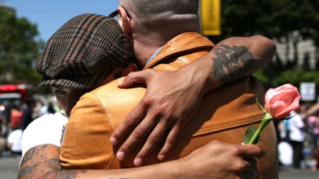CA Court To Issue Ruling On Constitutional Amendment Banning Gay Marriages