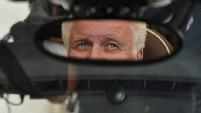 Seehofer ist Spitzenkandidat der CSU bei der Landtagswahl 2013 Kandidatur im Kloster Banz erklärt