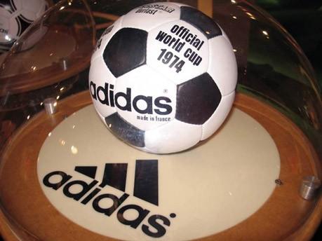 WM-Ball 1974 Telstar