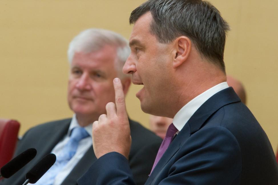 Ministerpräsident Horst Seehofer; CSU Finanzminister Markus Söder im Bayerischen Landtag