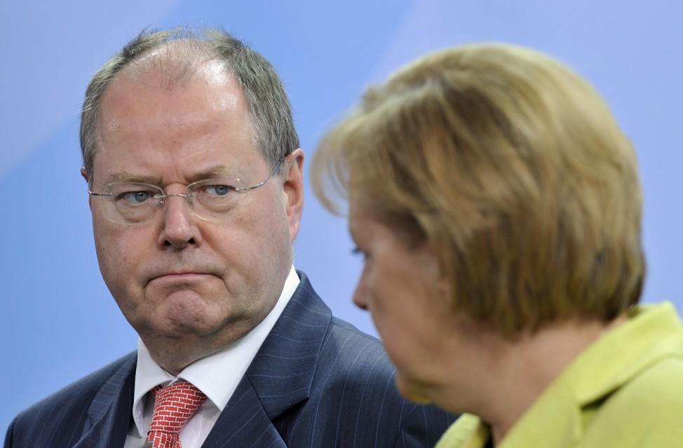 Peer Steinbrück, Angela Merkel