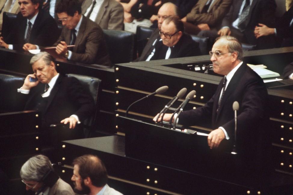 Helmut Kohl Helmut Schmidt Bundeskanzler 1982