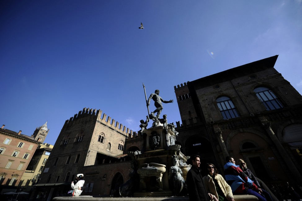 Italien Sehenswürdigkeiten Verbot Bologna Piazza Maggiore