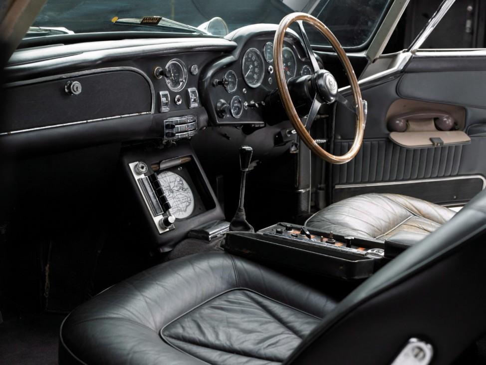 Bonds legendärer Aston Martin wird versteigert