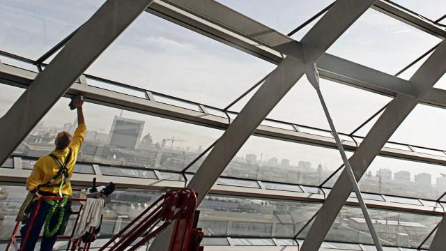 Fruehjahrsputz in der Reichstagskuppel