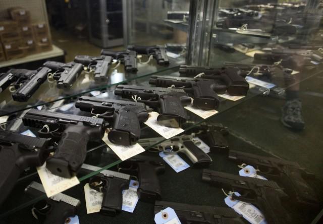 Mitten in ... Las Vegas Waffenhändler