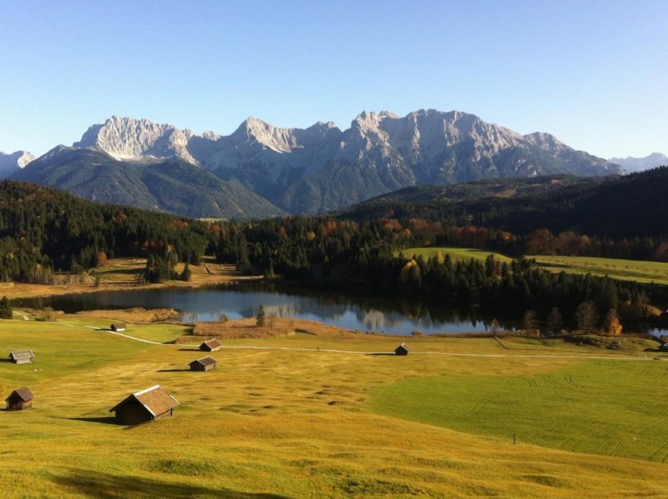 Leser-Foto Herbst Deutschland Gerolder See Karwendelgebirge
