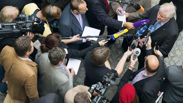 Seehofer haelt Versuch der Einflussnahme bei ZDF fuer unwahrscheinlich