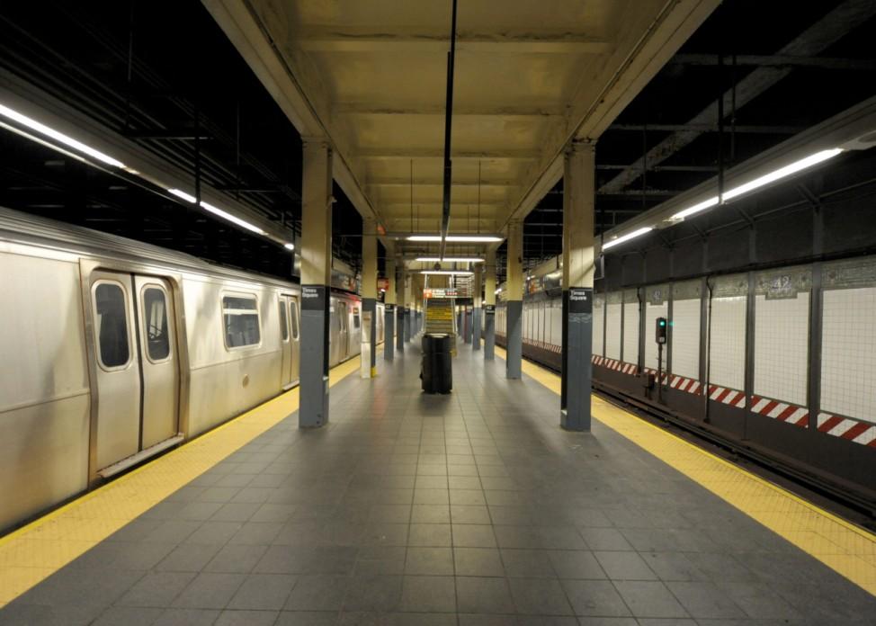 Hurricane Sandy affecting public transport