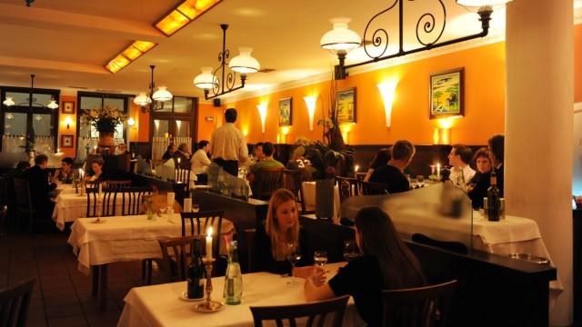 """Italienisches Restaurant Katzlmacher: Täglich wechselnde Karte, hochwertige Produkte: Der """"Katzlmacher"""" setzt auf italienische Klassiker."""