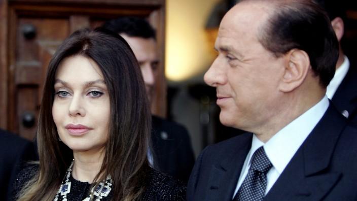 ITALY-POLITICS-BERLUSCONI-PEOPLE