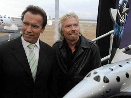 SpaceShipTwo, Arnold Schwarzenegger und Richard Branson, Reuters