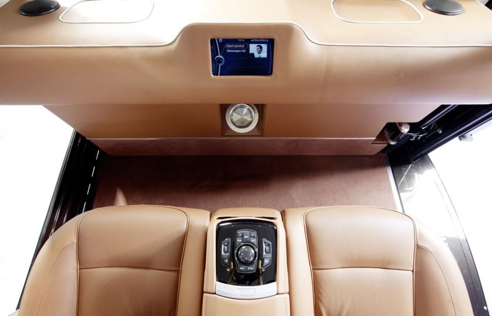 BMW 7er auf dem Weg nach oben