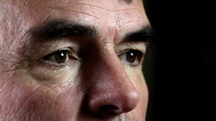 """Justizskandal in Bayern? Gustl Mollath sitzt seit Jahren in der Psychiatrie. Der SZ und der SWR-Sendung """"Report Mainz"""" liegen Papiere vor, die die Justiz in Erklärungsnot bringen."""