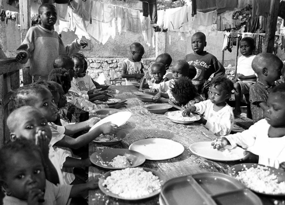 AIDS-Waisenkinder in einer religiösen Unterkunft in Haiti