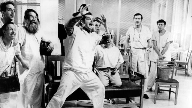 Szene des Milos-Forman-Films 'Einer flog über das Kuckucksnest' aus dem Jahr 1979