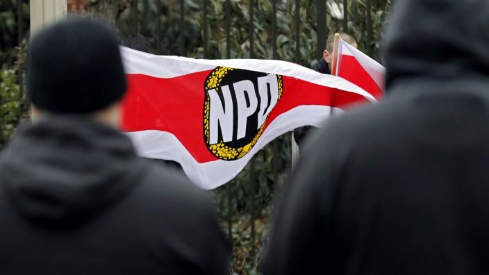 Rechtsextremismus-Experte warnt vor Scheitern eines moeglichen NPD-Verbotsverfahrens
