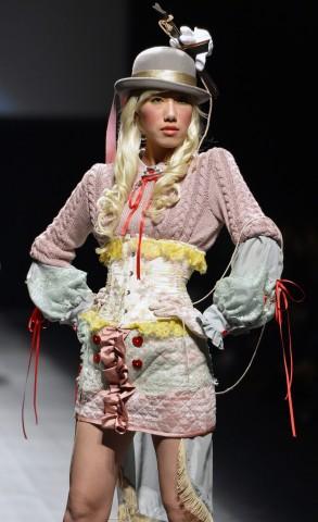 ViVi joanne- Runway - Toyko Fashion Week S/S 2013