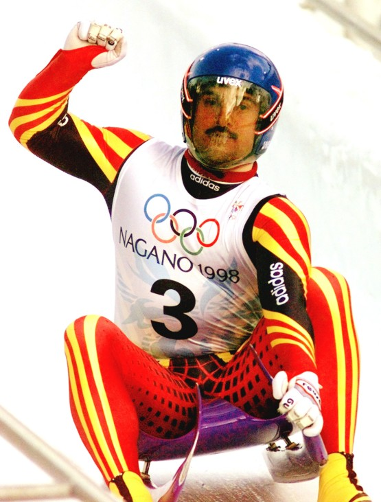 OLYMPICS LUGE