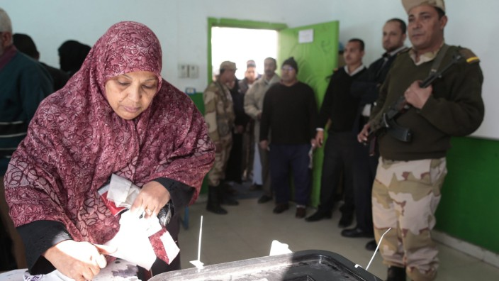 Egyptians vote in final round of disputed constitution poll