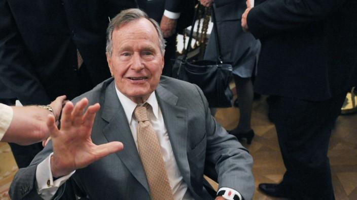 George Bush im Weißen Haus auf einem Foto von Mai 2012.