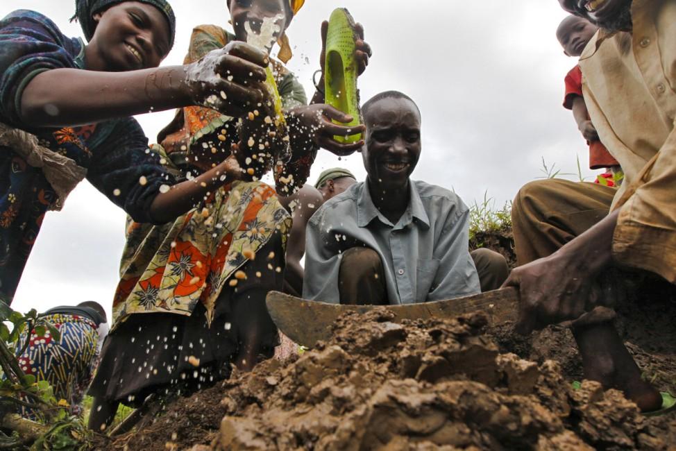 The Twa People - Rwanda's Indigenous Potters