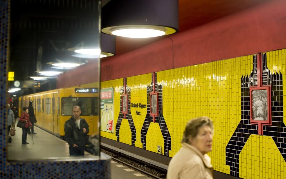 U-Bahn Underground 150 Jahre Subway U-Bahnstation Metro
