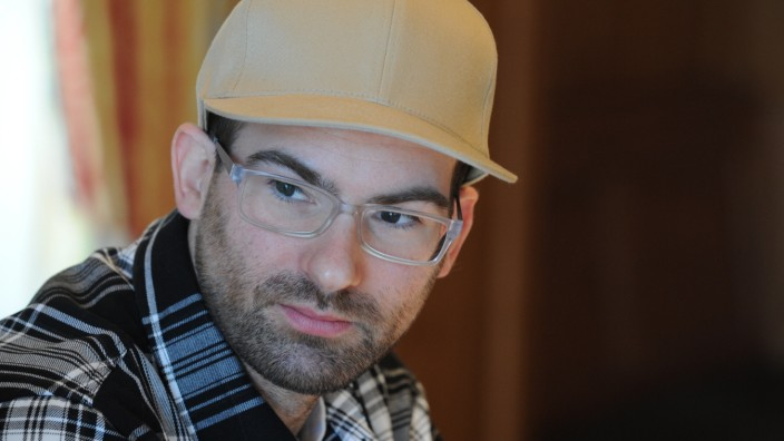 Bernhard Wunderlich bei Pressekonferenz zur Salvatorprobe, 2011