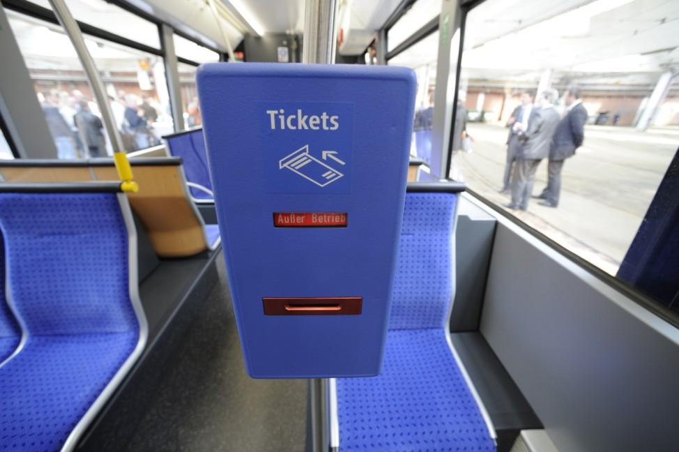 MVG stellt neue Straßenbahn vor, 2010