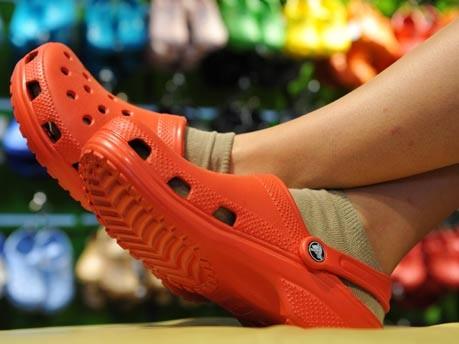 Crocs, Schuhe, dpa