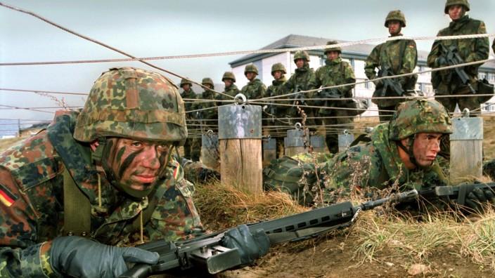 Grundausbildung bei der Bundeswehr, 2001